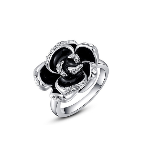 Black Rose Ring - White