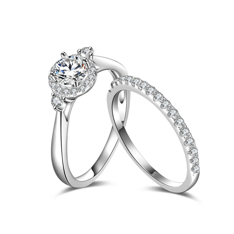 Fashion Classic Halo Wedding Ring Set  1/2ct