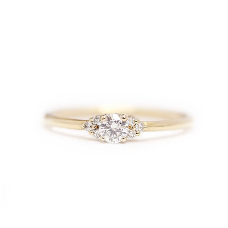Fashion Round Diamond 18K Gold Ring