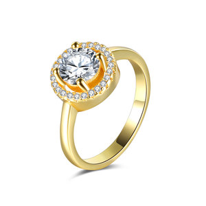 Stars Surround Moon 18K Gold Ring