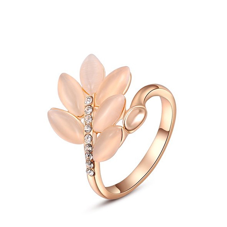 Grain Opal Rose Gold Ring