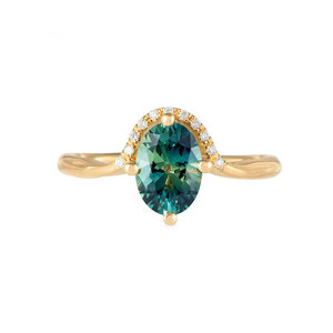 Oval Emerald 18K Engagement Ring
