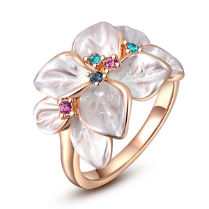White Flower Rose Gold Ring