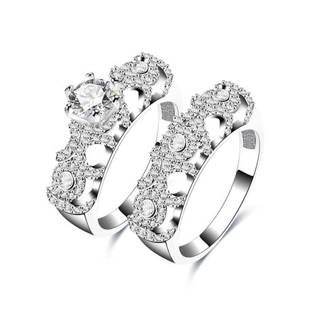 Exclusive Round Diamond Bridal Set