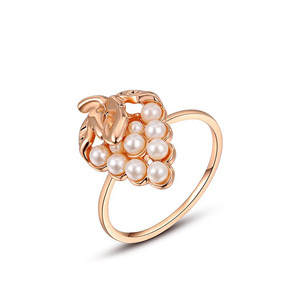 Strawberry Pearl Rose Gold Ring