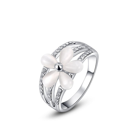 Five-Petal Flower White Gold Ring