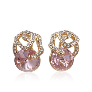 Stereoscopic Flower Pink Diamond Stud Earrings