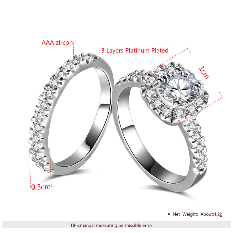 Round Diamond Halo White Gold Ring Set
