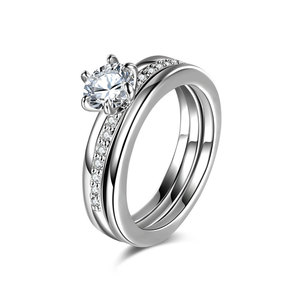 Classic Six Paw Round Diamond Ring Set