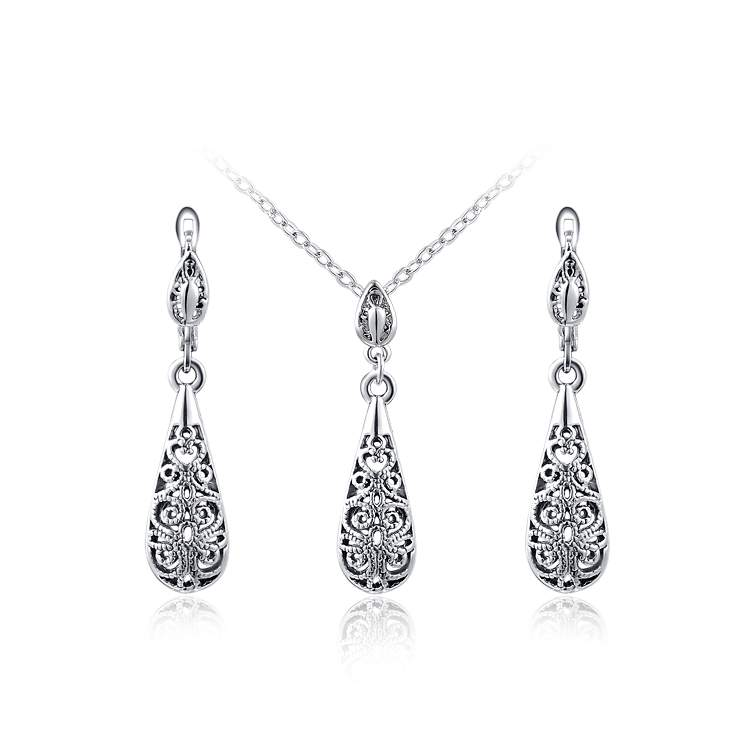 Cut Out Drop Shape Set - White Gold