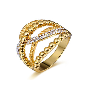 Toothed 18K Gold Ring