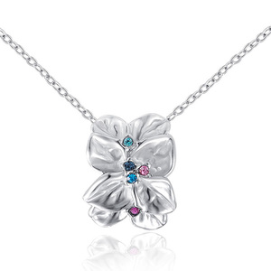 White Petal Crystal Pistil Flower Pendant Necklace - White Gold