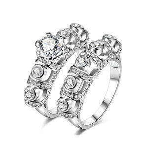 U-Type Round Diamond Bridal Set