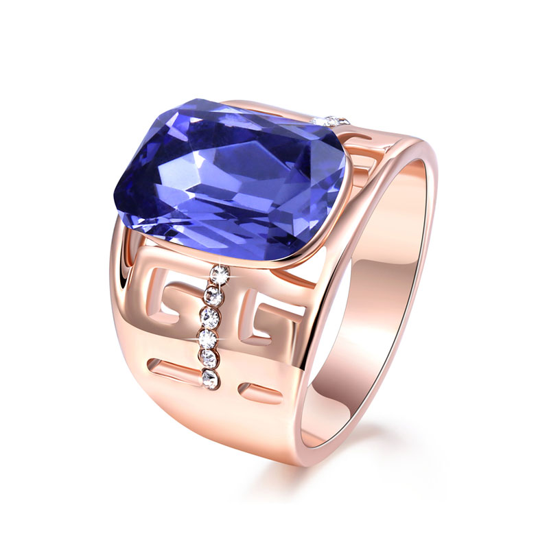 Great Wall Amethyst Rose Gold Ring