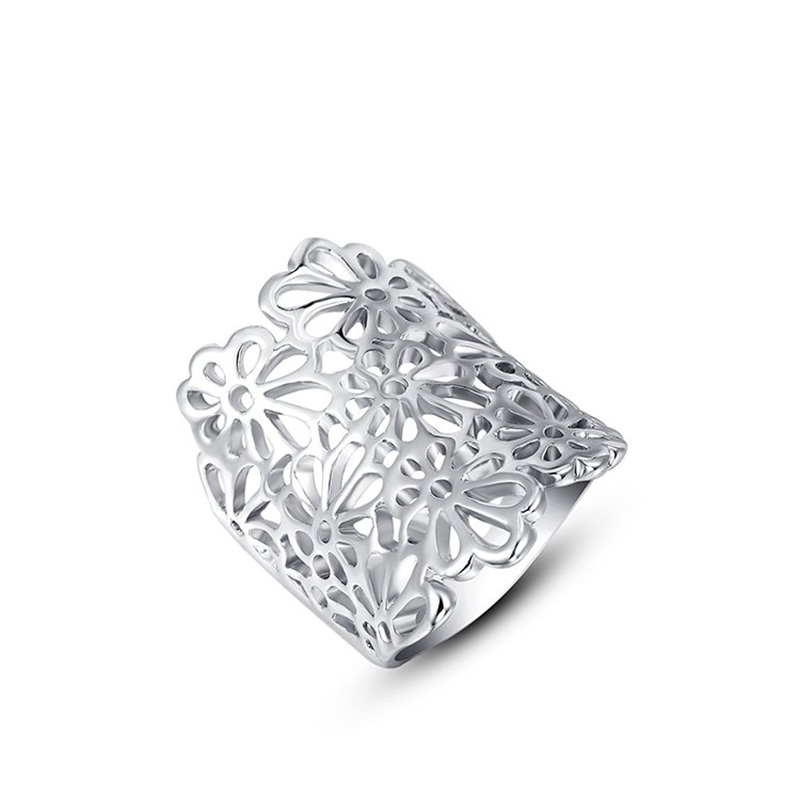 Cut Out Flower White Gold Ring