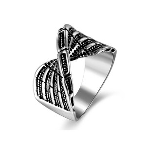 Ligament Silver Oxide Men's Ring