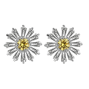 Small Daisy Flower Diamond Stud Earrings