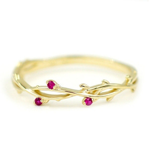 Vines Ruby Fashion Ring