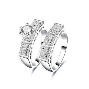 A Bridge Between Diamond Couple Rings