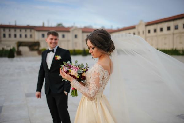 Wedding Veil-3.png